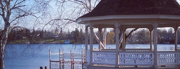 Skaneateles Lake is one of East Coast Travel List.
