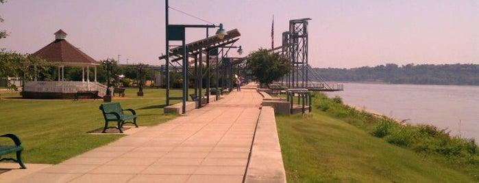Vidalia Riverwalk is one of Natchez.