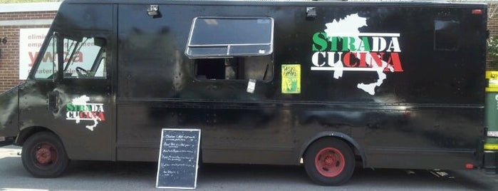 Strada Cucina is one of food trucks.