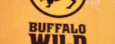 Buffalo Wild Wings is one of Orte, die Jeff gefallen.