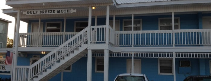 Gulf Breeze Motel is one of Orte, die Molly gefallen.