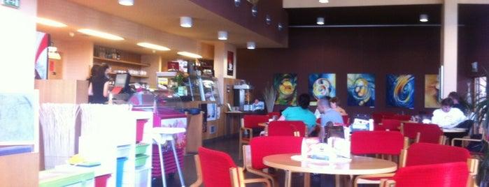 Café Gaviota is one of Orte, die Dominik gefallen.