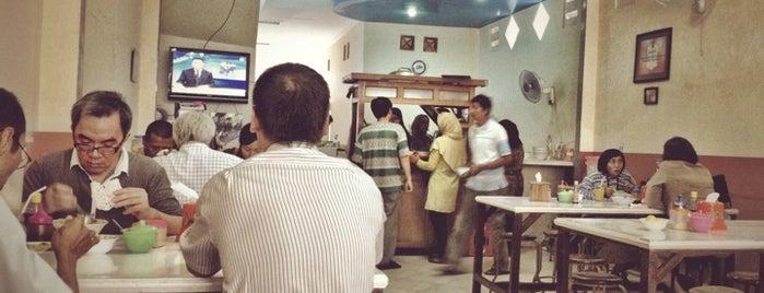 Soto Ayam Cak To is one of Lieux sauvegardés par arris.