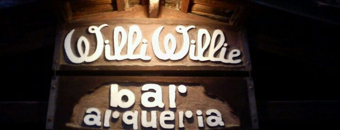Willi Willie Bar e Arqueria is one of Top places SP.