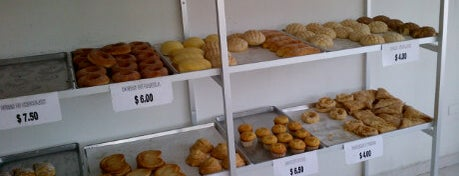 Panaderia Montecristo is one of Orte, die Monica gefallen.