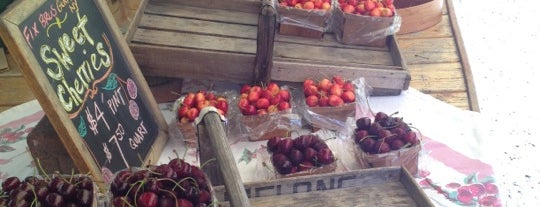 Montgomery Place Orchards Farmstand is one of The Big Apple.