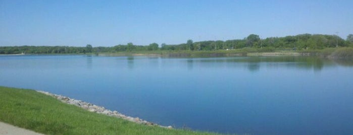 Lake Andrea is one of สถานที่ที่ Rosana ถูกใจ.
