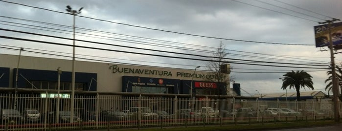 Arauco Premium Outlet Buenaventura is one of Santiago no es Gris!.