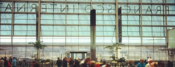 International Terminal A is one of Steve 'Pudgy''ın Kaydettiği Mekanlar.