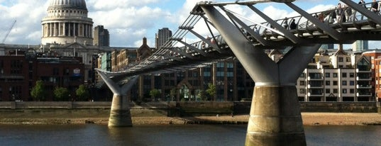 Millennium Bridge is one of London's Must-See Attractions.