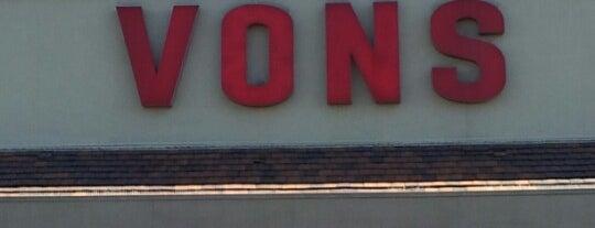 VONS is one of Locais curtidos por Aaron.