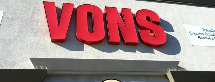 VONS is one of Locais curtidos por Ajda.