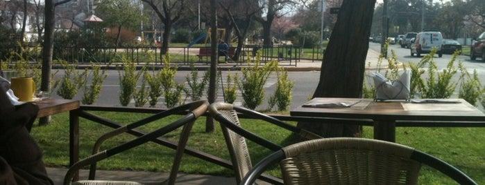 Café del Mundo is one of Posti che sono piaciuti a Niko.