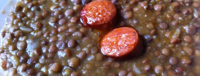 Deli Cafetería Los Abetos is one of Almuerzos BBB en Providencia.