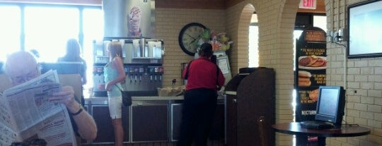 McDonald's is one of Rona. 님이 좋아한 장소.