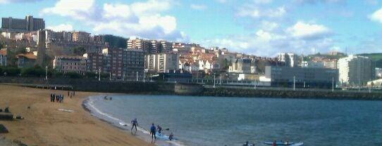 Playa de Las Arenas / Areetako Hondartza is one of Lugares favoritos de Mikel.