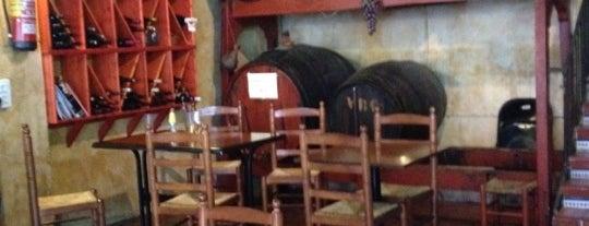 Bodega La Riera is one of Bars.