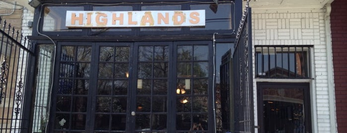 Highlands Cafe is one of Andrew : понравившиеся места.