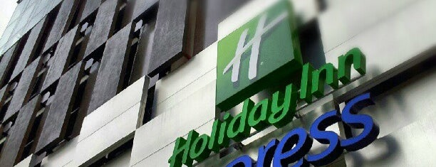 Holiday Inn Express is one of Bart's Liked Places.