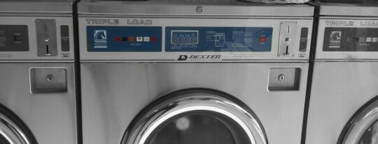Eastern Avenue Laundromat is one of Tyさんのお気に入りスポット.