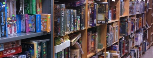 401 Games is one of The Toronto Geek Trail.