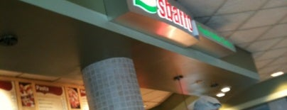 Sbarro is one of Lieux qui ont plu à Gavin.