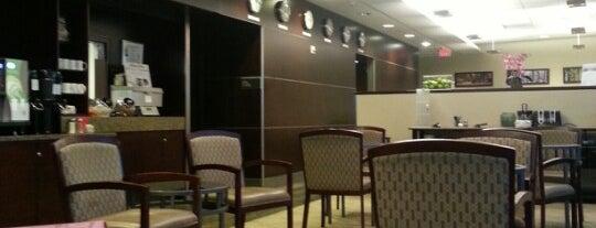 Alaska Lounge is one of Lugares guardados de Aaron.