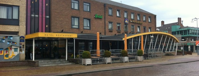 Hotel Restaurant Grandcafe 't Voorhuys is one of Noordoostpolder.