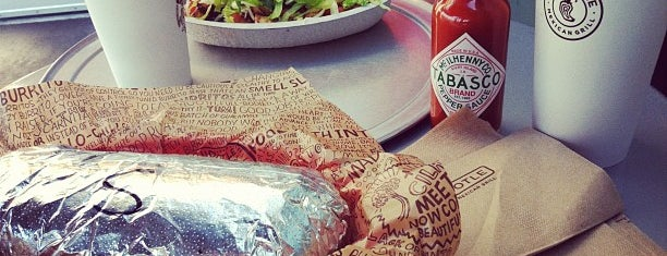Chipotle Mexican Grill is one of Posti che sono piaciuti a Cerise.