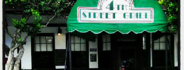 Harvey's 4th Street Grill is one of Lugares guardados de Jeremy.