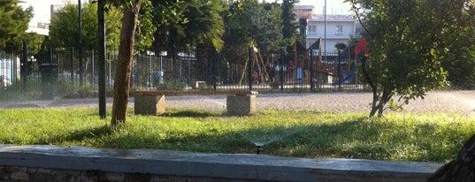 Πλατεία Εσπερίδων is one of Lily 님이 좋아한 장소.