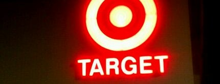 Target is one of Orte, die Johnika gefallen.