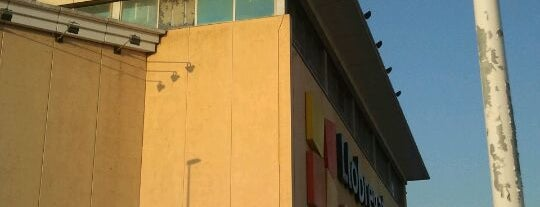 Llobregat Centre is one of Ofertas en centros comerciales.