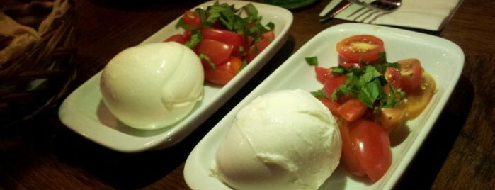 Olea Mozzarella Bar is one of Vegetarianos.