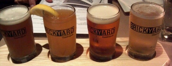 Brickyard Gastropub is one of Adriさんの保存済みスポット.