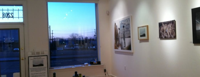 The Gallery at Vivid Solutions is one of District of Art.