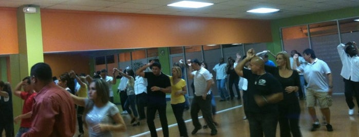 Step N Dance Salsabor Tropical Dance Studio is one of New Home Exploration.