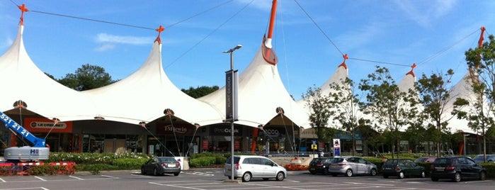 Ashford Designer Outlet is one of Tempat yang Disukai Reeta.