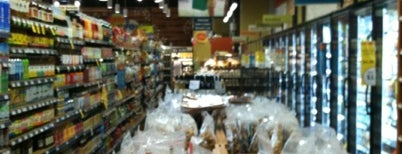 Whole Foods Market is one of Posti che sono piaciuti a Rachel.