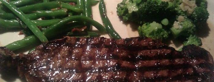Black Angus Steakhouse is one of Frank : понравившиеся места.