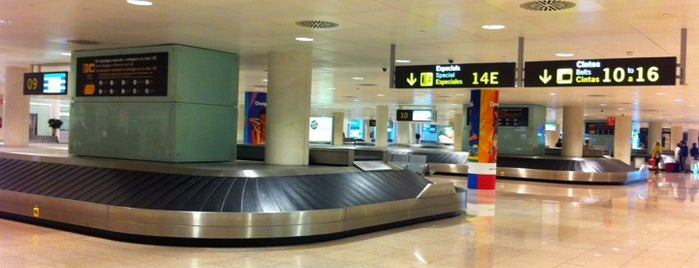 Recogida de Equipajes is one of Airports 2.