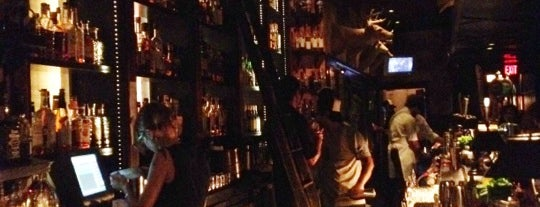 Seven Grand is one of Downtown LA Bars.