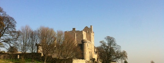 Craigmillar Castle is one of The #AmazingRace 22 map.
