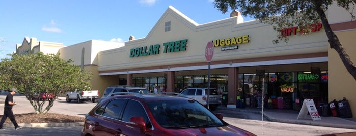 Dollar Tree is one of New trip - Compras.