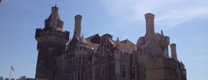 Casa Loma is one of This little Tee-Oh. Toronto #4sqCities.