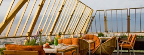Sky lounge restaurant is one of Панорама.