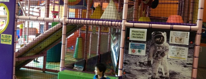Little O'Zone is one of 子連れで遊ぶシンガポール.