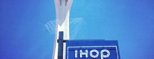 IHOP is one of Lieux qui ont plu à Moe.
