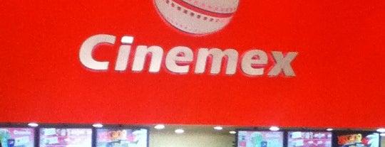 Cinemex is one of Cosas que amo de Toluca y sus alrededores.