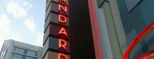 The Standard Restaurant & Lounge is one of Steve'nin Beğendiği Mekanlar.